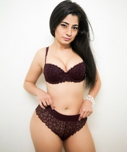 Piper Perri Nadia Ali